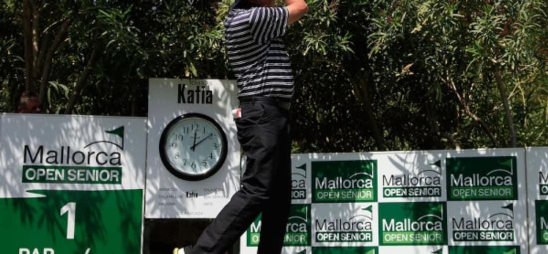 Golfspielen auf Mallorca verbindet alles, was den Sport so schön macht. Sie finden abwechslungsreiche Golfplätze, wunderschöne Golfhotels und professionelles Golftraining. Die attraktiven Golfplätze ziehen auch regelmäßig Golfprofis in ihren Bann. (Foto: Getty)