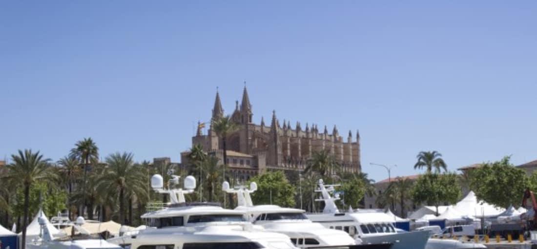 Palma, die Hauptstadt der spanischen Mittelmeerinsel Mallorca, ist ein wahrer Touristenmagnet. (Foto: Getty)