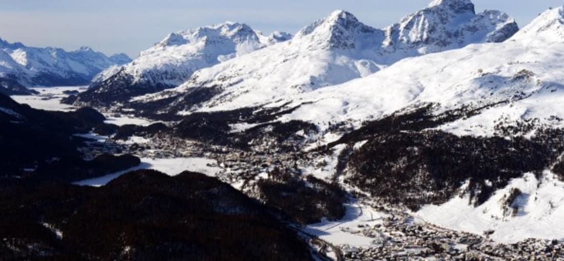 <h2>Hoch hinaus in Graubünden</h2> ...mehr als 150 Täler. Über 90 Prozent der Fläche Graubündens liegen auf über 1.200 Metern. Insgesamt gibt es 937 Bergipfel. (Foto: Getty)