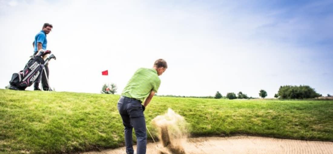 Grenzenloses Golfvergnügen auf 72 Löchern im Golfclub Fleesensee.