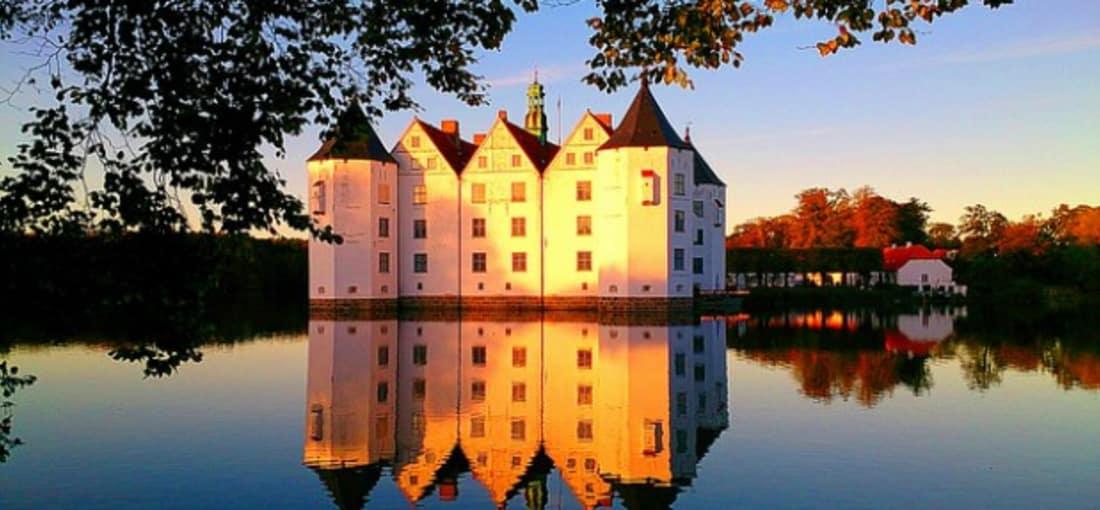 <h2>Wasserschloss Glücksburg</h2>