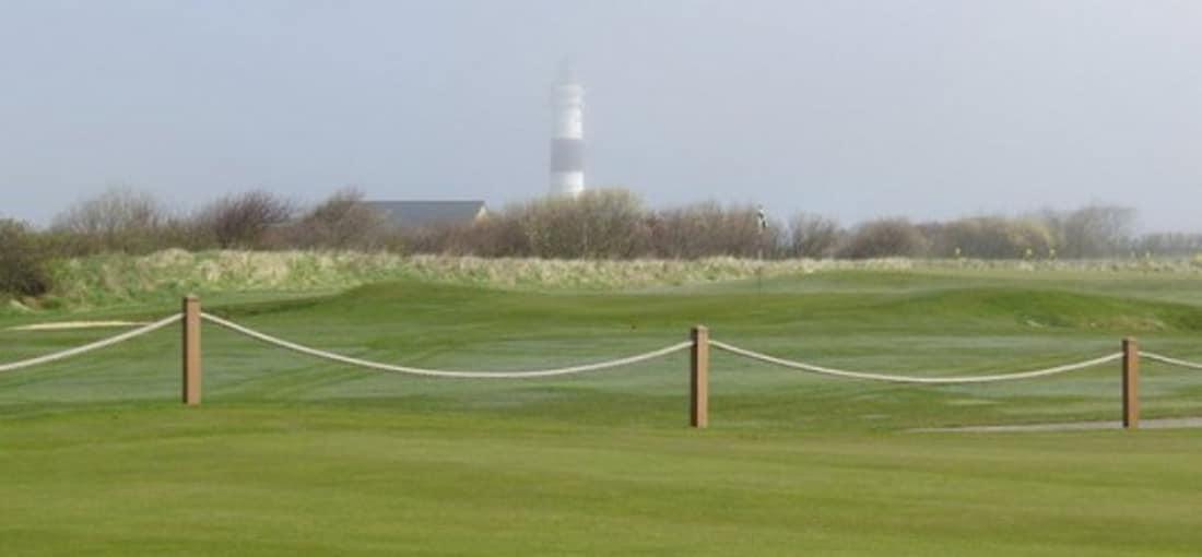 <h2>Herausforderung</h2> Anspruchsvolles und abwechslungsreiches Golfen auf der Nordseeinsel wird jeden Golfer beeindrucken (Foto: flickr).