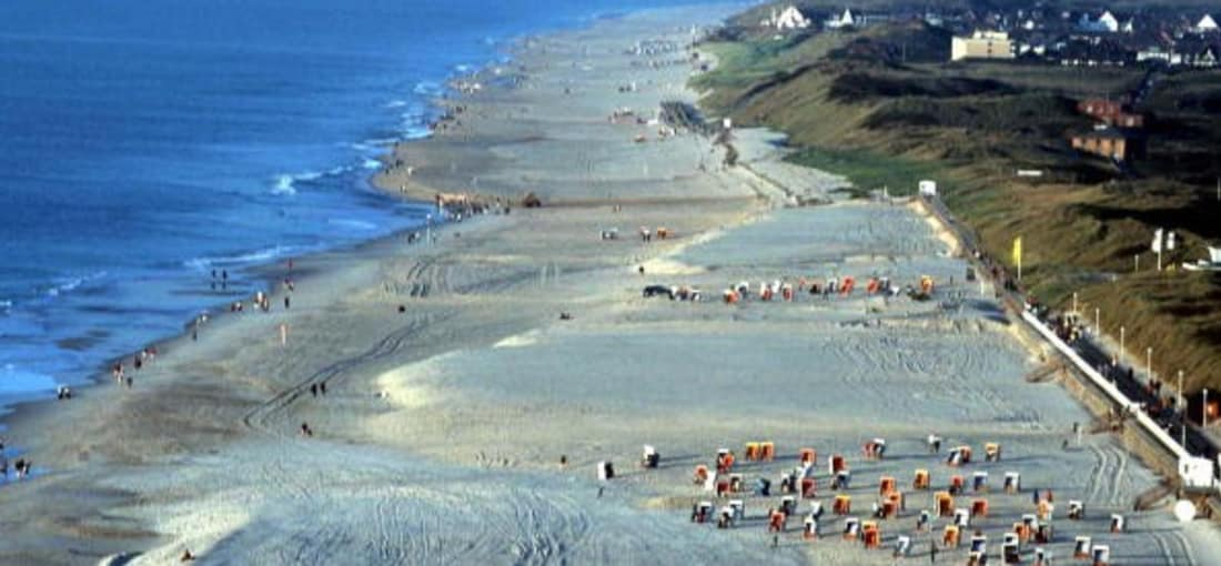 <h2>Westerland</h2> Der Strand mal aus einer ganz anderen Perspektive (Foto: getty).