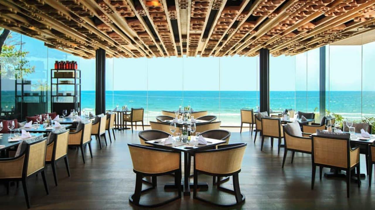 Vom Restaurant haben Sie das Meer immer im Blick. (Foto: keepthemoment)