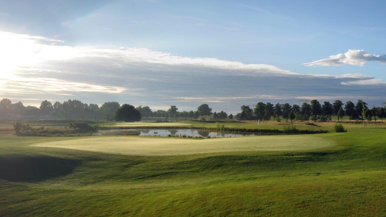 golfrange_berlin_gruen7.jpg