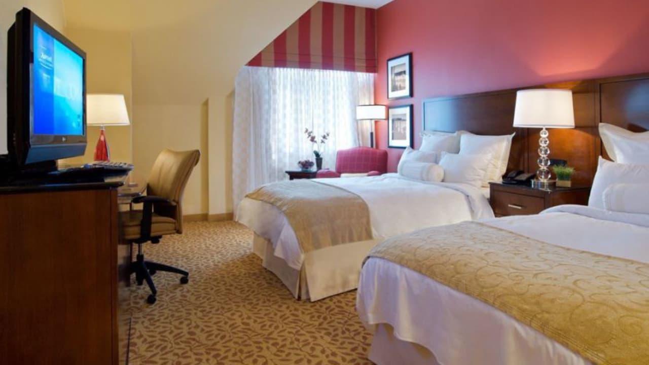 Die Zimmer im Marriott sind klassisch und gemütlich.