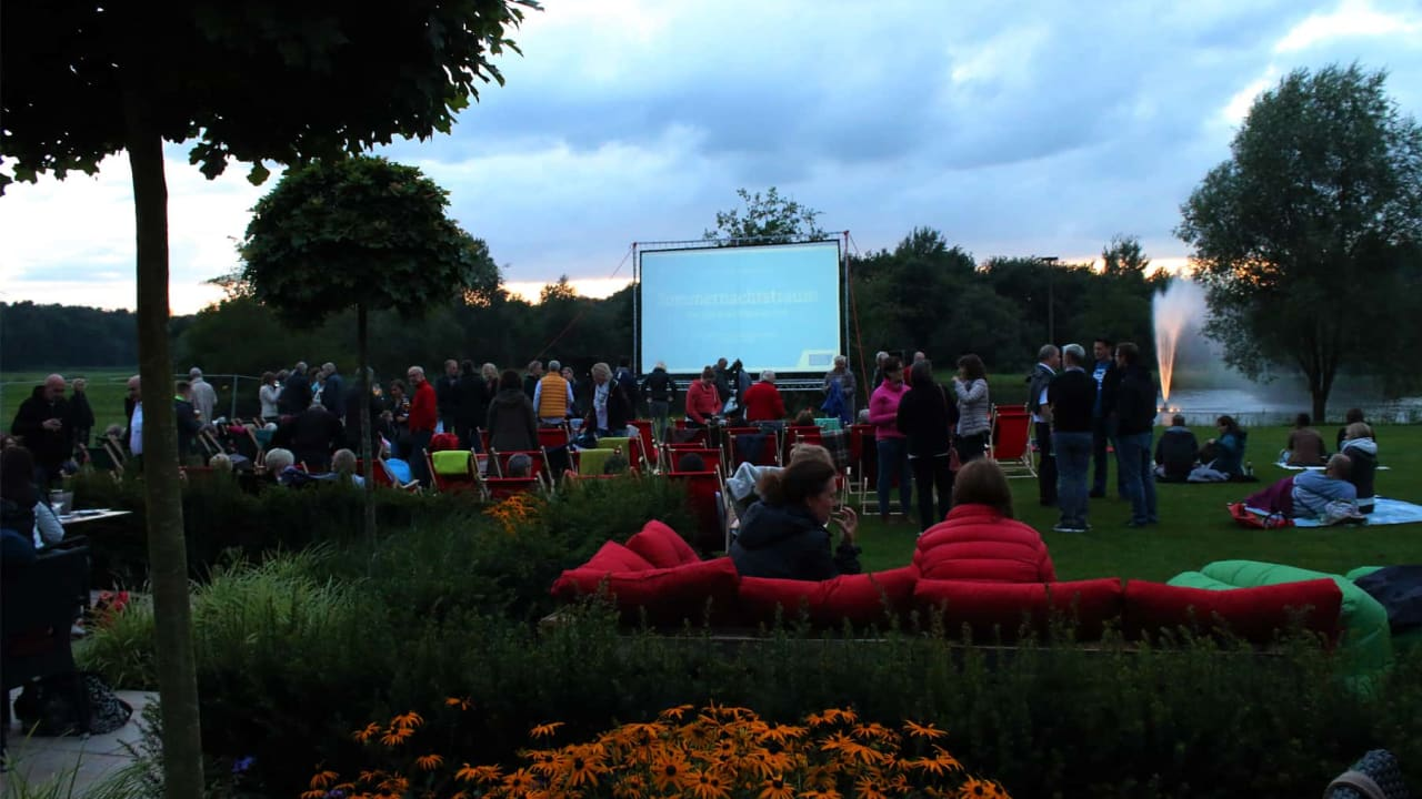 open_air_kino_2017_2.jpg