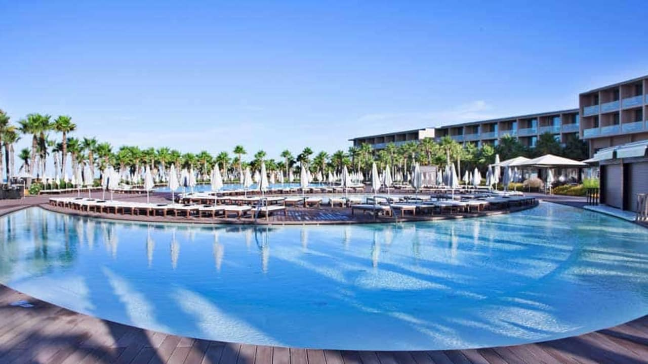 Hier zu sehen: Der Pool. (Foto: Vidamar Resort Hotel)