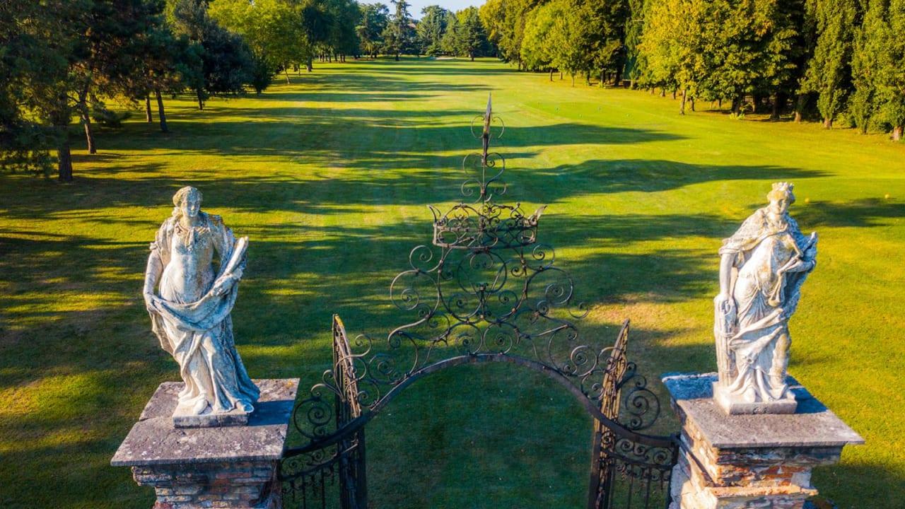 Ihre kulinarische Rundreise: Villa Condulmer Golf Club. (Foto: ruhrtours Reisen GmbH)