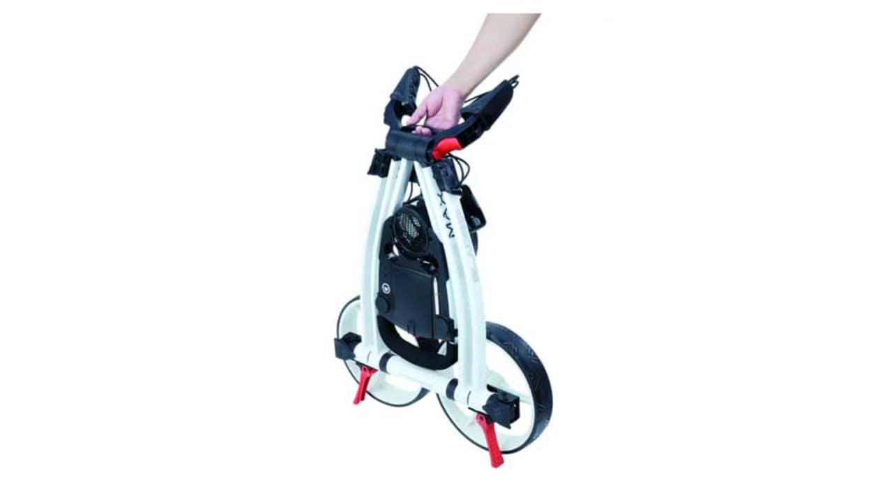 Der Blade IP Golftrolley lässt sich schnell und einfach bedienen. (Foto: Big Max Golf)