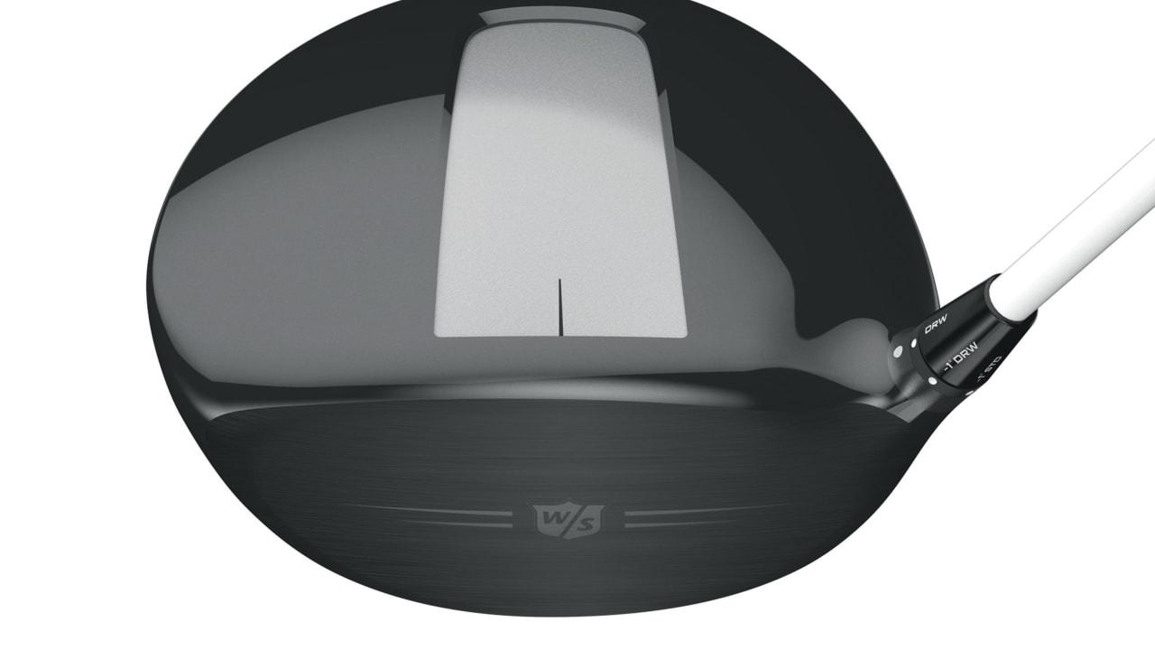 Der Wilson Staff Triton DVD Driver verfügt über einen weiß-grauen Streifen auf der Sohle des Schlägerkopfes, der eine größere Treffergenauigkeit im Sweet Spot ermöglichen soll. (Foto: Wilson Staff)