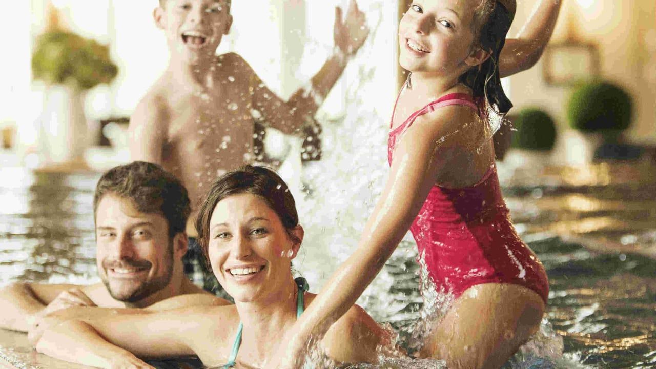 Im Winter wartet im Indoor bereich viel Spaß auf die ganze Familie. (Foto: Spa & GolfResort Weimarer Land)