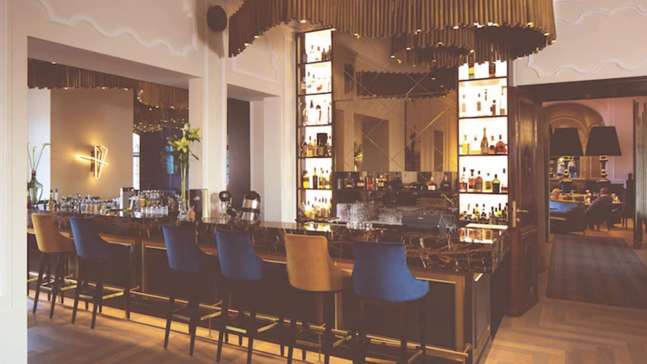 Die Bar 1842. (Foto: SCHLOSS Fleesensee)