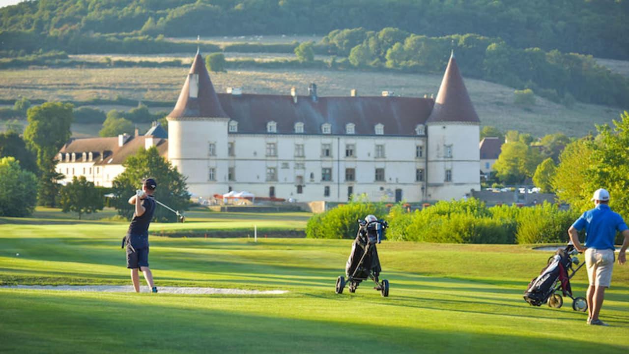 Das Signature Hole des Platzes ist Bahn 11. Im Hintergrund dieser Bahn befindet sich das wunderschöne Schloss. (Foto: Hôtel Golf Château de Chailly)