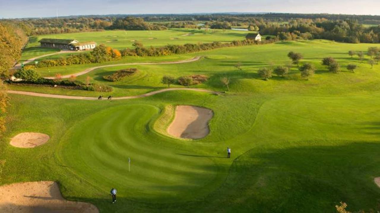 Big 9 Course - Auch ohne Mitgliedschaft in einem Golfclub sind Sie auf dem Par 36 Platz willkommen. (Foto: Gut Apeldör)