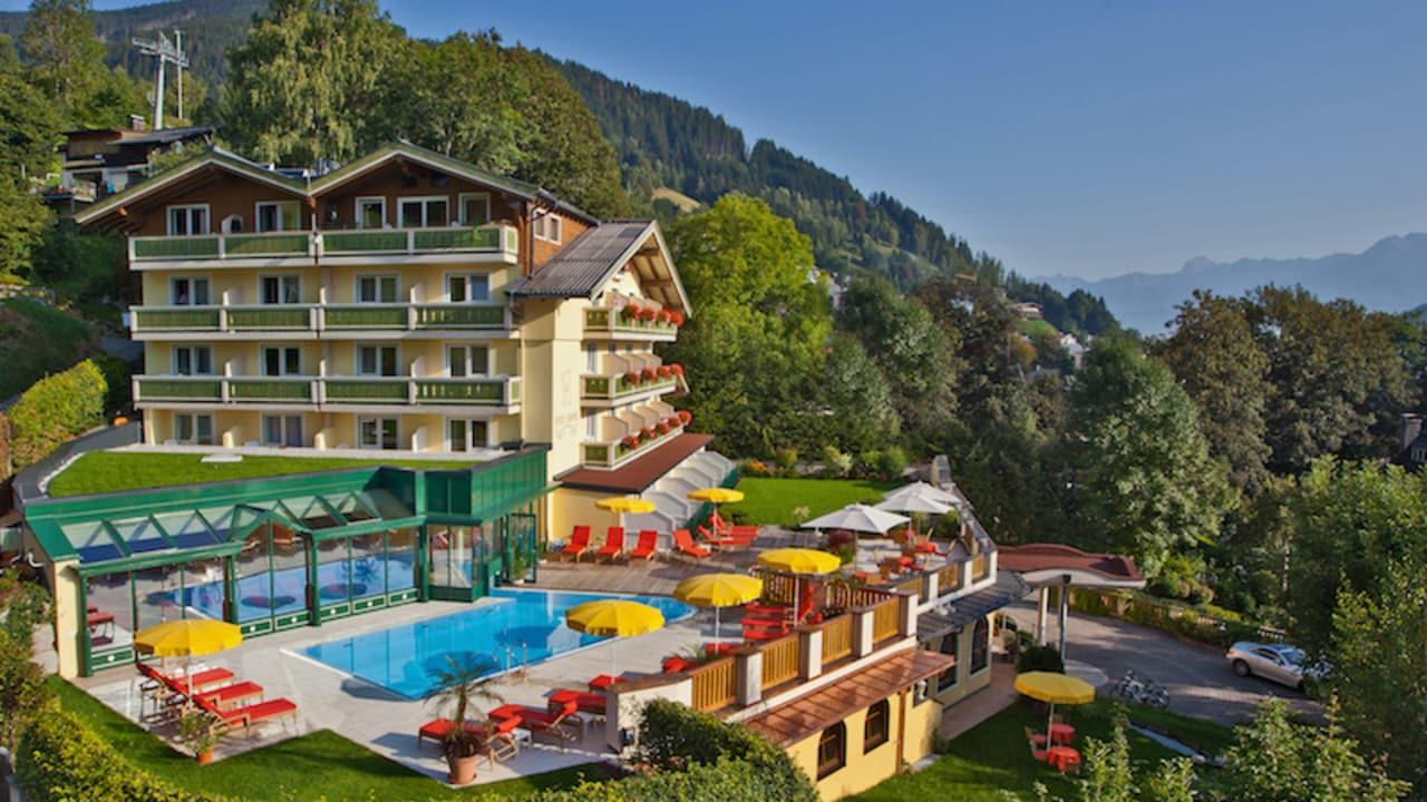 Das 4-Sterne-Hotel Berner befindet sich in ruhiger, aber dennoch zentraler Lage und bietet einen herrlichen Ausblick. (Foto: Hotel Berner)