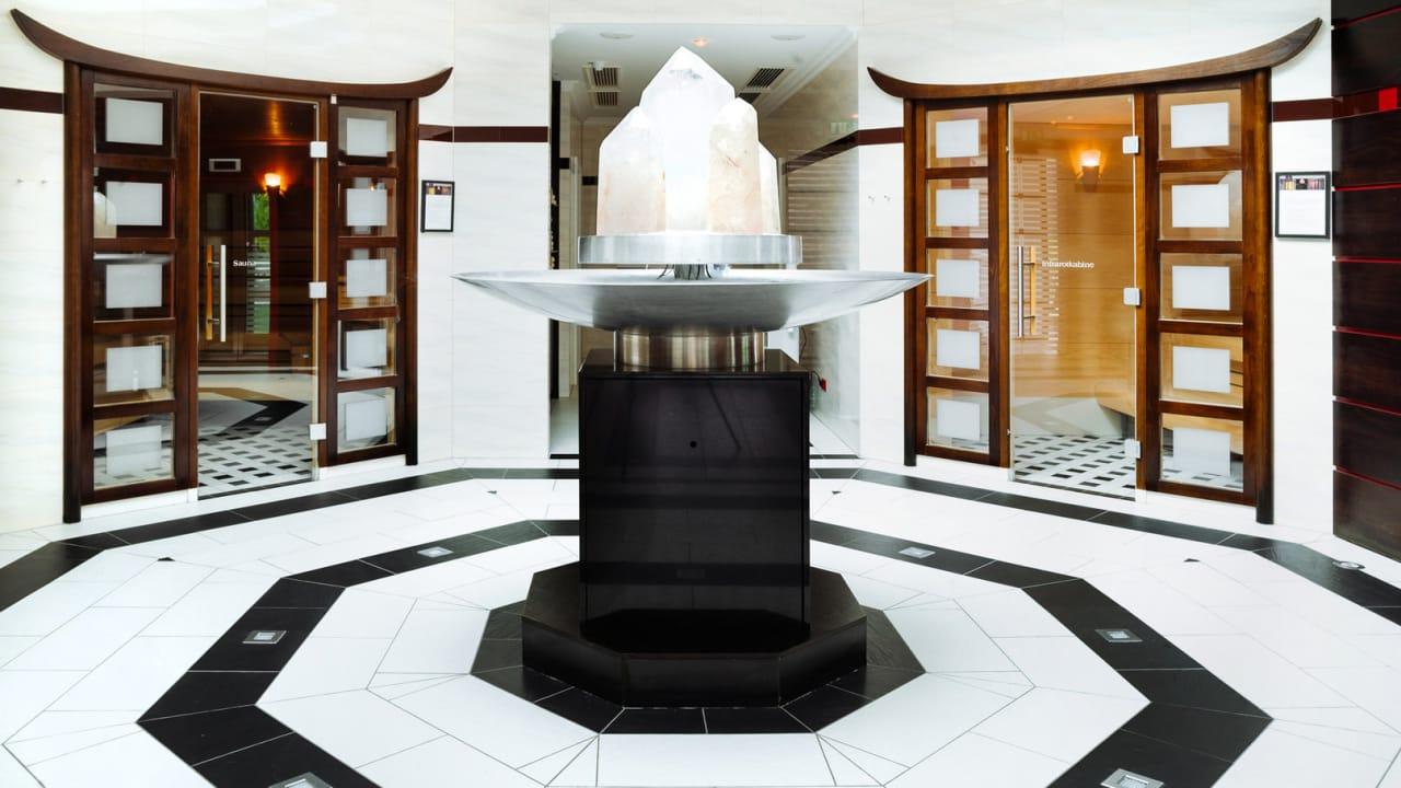 Im Spa-Bereich finden Sie eine Finnische Sauna, ein Saunarium, zwei Dampfbäder, eine Damensauna, eine Infrarotkabine und vieles mehr. (Foto: Richard Schabetsberger)