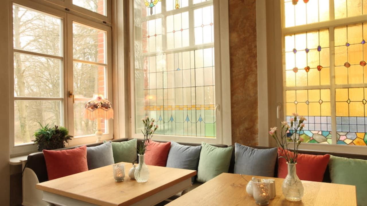 Hier herrscht eine angenehme Atmosphäre, die der Hausgast einfach auf sich wirken lassen sollte (Foto: Schloss Basthorst)