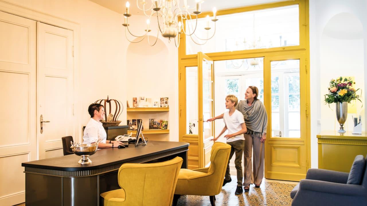 Immer hoch gelobt: die ausgesprochene Freundlichkeit der Hotelmitarbeiter. (Foto: Stefan von Stengel)