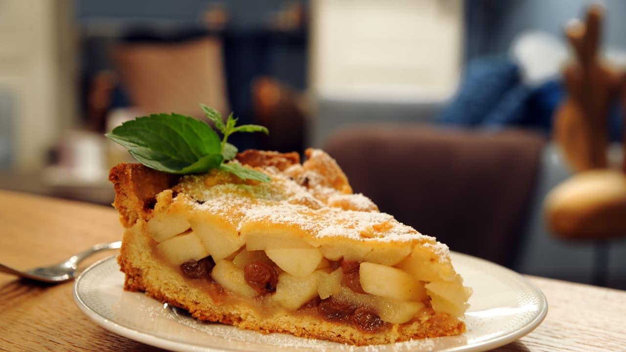 Die Früchte für den Kaarzer Apfelkuchen stammen aus dem jahrhundertealten Apfelgarten im Schlosspark. (Foto: Andreas Duerst)