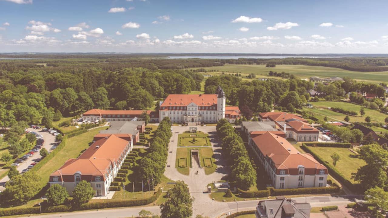 Das Anwesen SCHLOSS Fleesensee. (Foto: SCHLOSS Fleesensee)