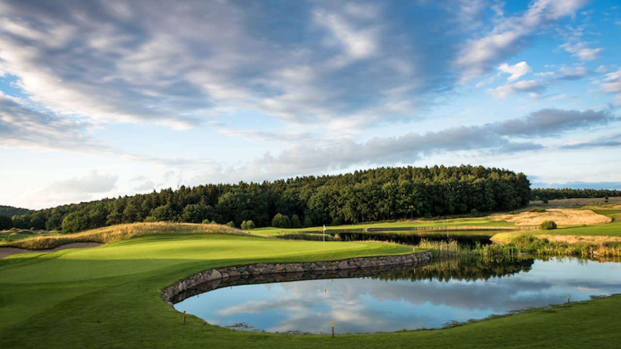 Auf dem traumhaft schönen 18-Loch-Meisterschaftsplatz WINSTONopen im Parkland-Stil spielten bereits Golfgrößen wie Martin Kaymer und Bernhard Langer. (Foto: Stefan von Stengel)