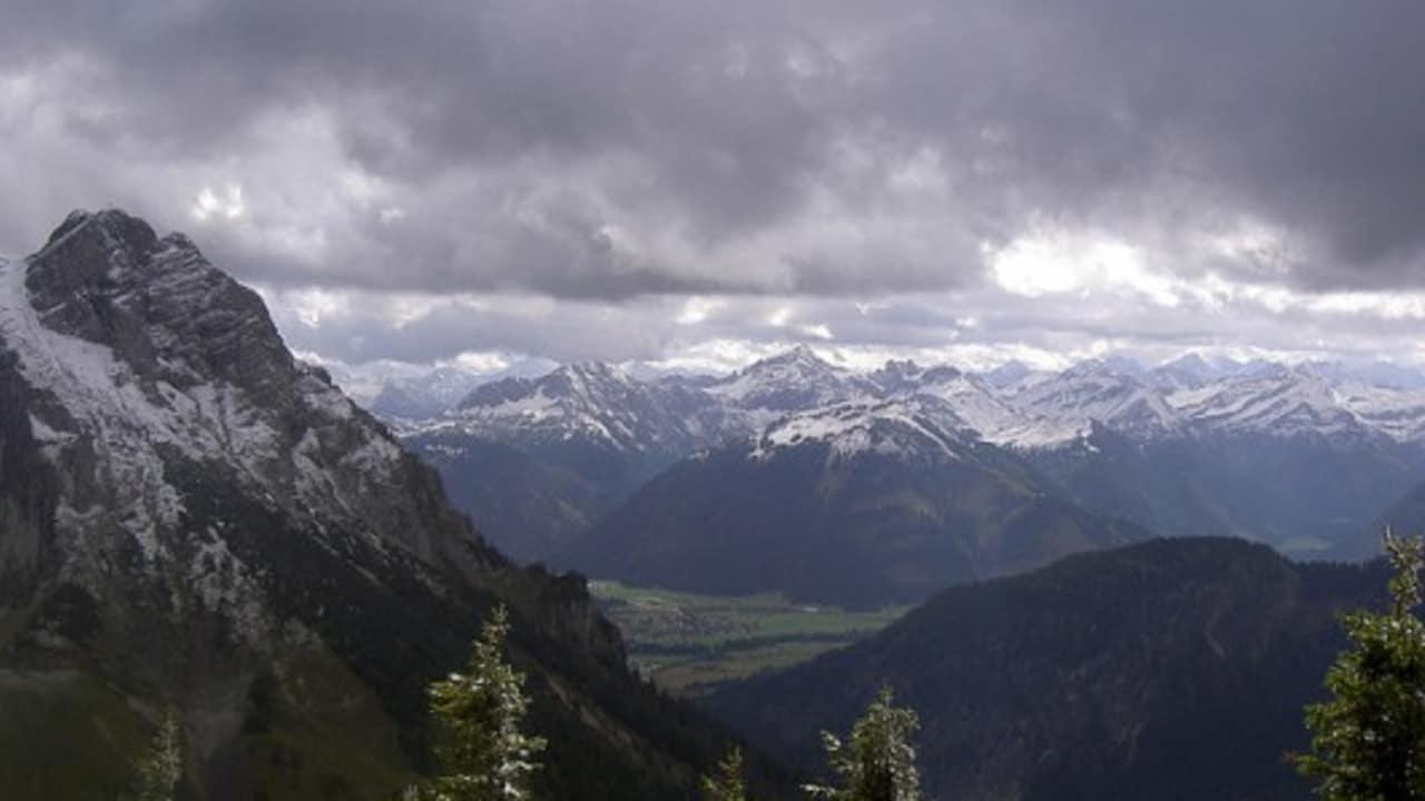 <h2>Aussichten</h2> Egal bei welchem Wetter, die Aussichten im Allgäu bleiben immer wunderschön (Foto: flickr).