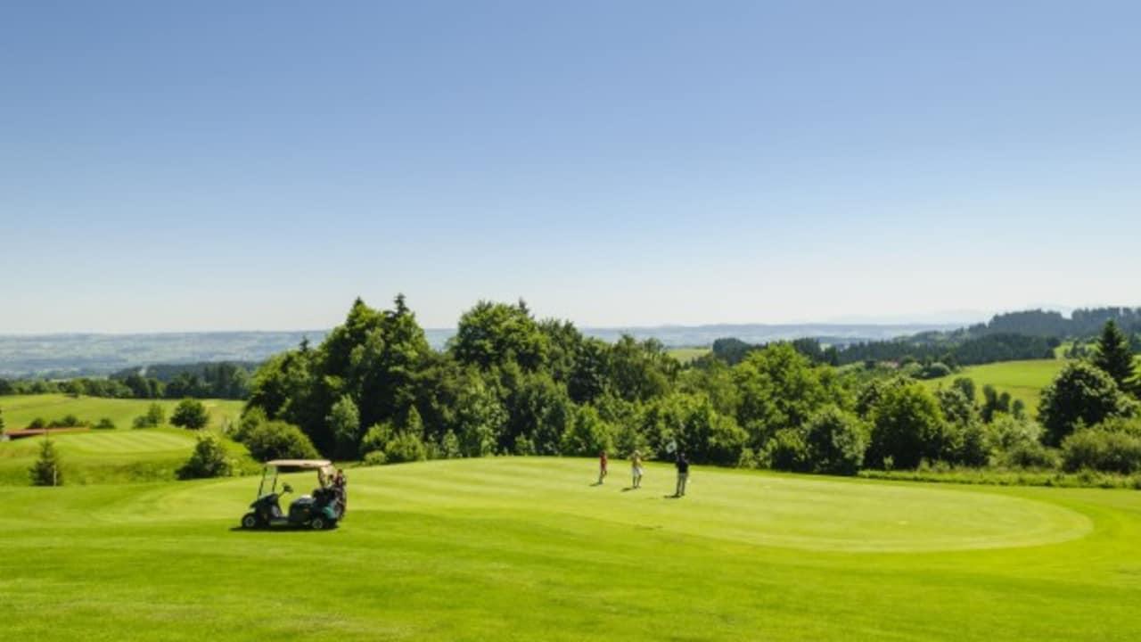 <h2>Waldegg Wiggensbach</h2> Waldegg-Wiggensbach ist der höchstgelegene deutsche Golfplatz (Foto: s.schöttl).
