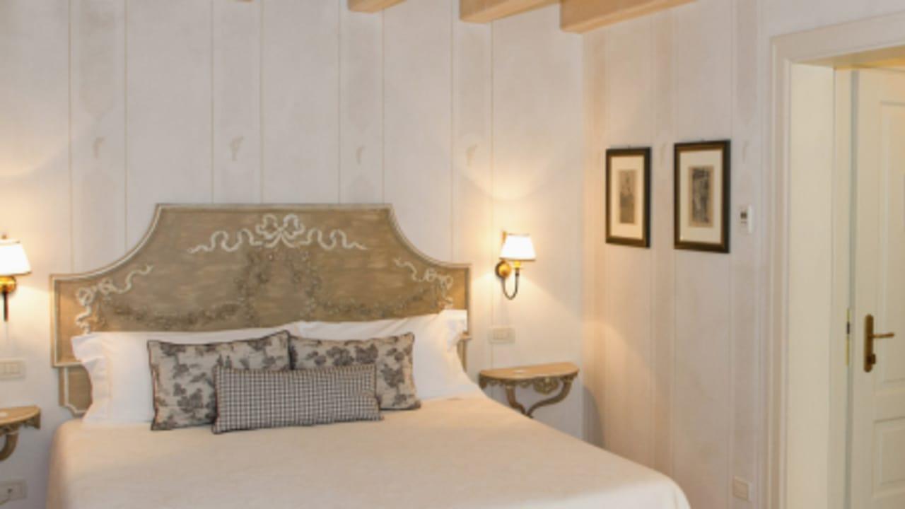 Die luxuriöse Innenausstattung der Zimmer spiegelt den Stil des Resorts wider. (Foto: golf holiday italy)
