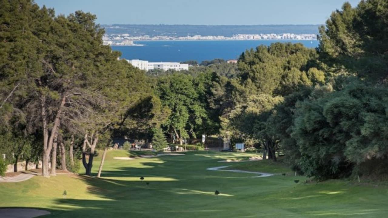 Arabella Golf Son Vida ist der älteste Golfplatz auf Mallorca und mittlerweile eine Legende unter den Spielern in ganz Europa. Er war zweimal Austragungsort eines European Tour Events. (Foto: Arabella Golf Son Vida)