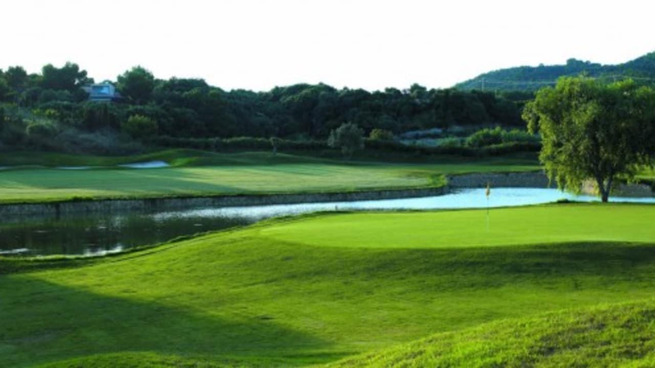 Pula Golf charakterisiert sich durch überwiegend flache Fairways und ist daher besonders für Just-for-Fun-Golfer geeignet. (Foto: Pula Golf)