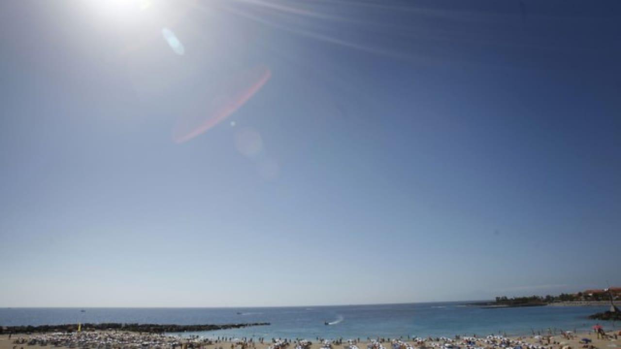 Die Kanaren sind ein beliebtes Reiseziel für Touristen, die gerne einen Urlaub mit viel Entspannung genießen. (Foto: Getty)