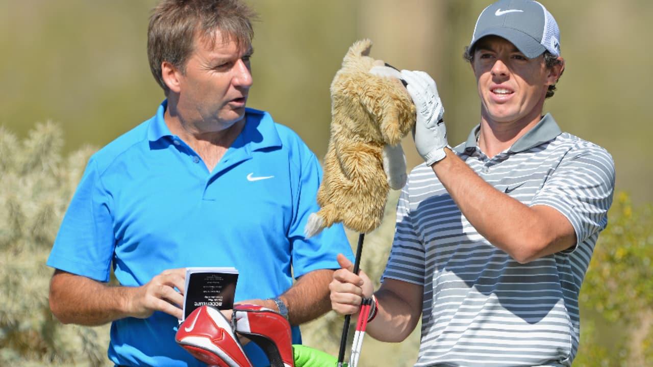 Auch Rory McIlroy macht sich mit den Gegebenheiten am Dove Mountain vertraut...(Foto: Getty Images)