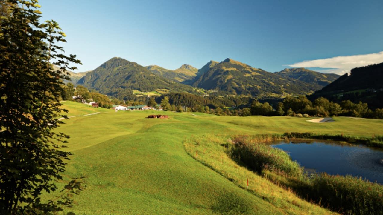 Auf dem Golfplatz Eichenheim müssen insgesamt 120 Höhenmeter auf einer Runde überwunden werden. (Foto: Golfplatz Eichenheim)