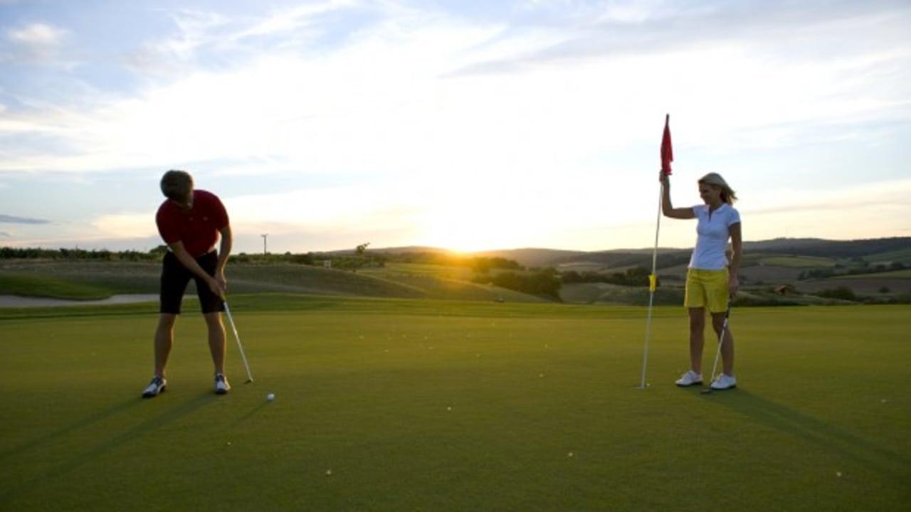 Im Jahr 2006 wurde die Anlage zum schönsten neuen Golfplatz in Österreich gekürt. (Foto: GC Veltlinerland Poysdorf)