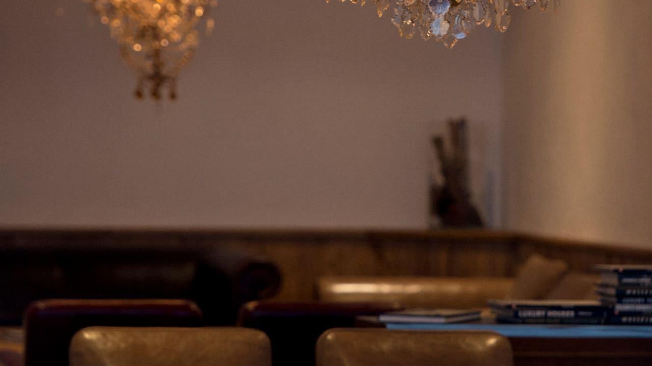 Bar und Lounge (Foto: Golf Resort Achental)