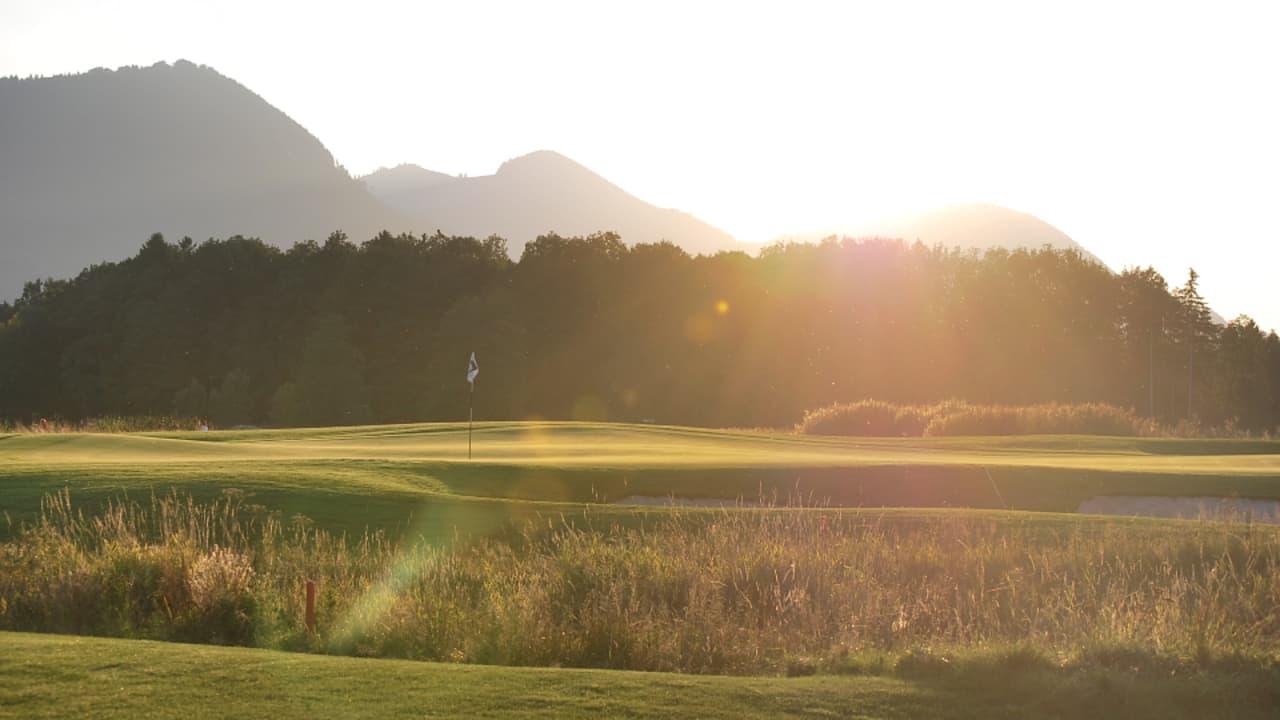 Auf dem Golfplatz (Foto: Golf Resort Achental)