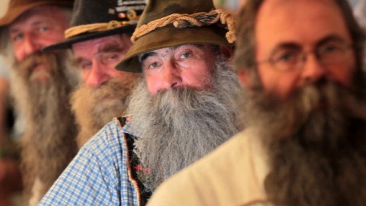 """<h2>Die Rauschebart Championship</h2> Kurioses fand 2011 in Chur statt: die """"International Alpine Beard Competition"""". Teilnehmer aus Österreich, Bayern und der Schweiz kührten den schönsten, natürlich gewachsenen Bart. (Foto: Getty)"""
