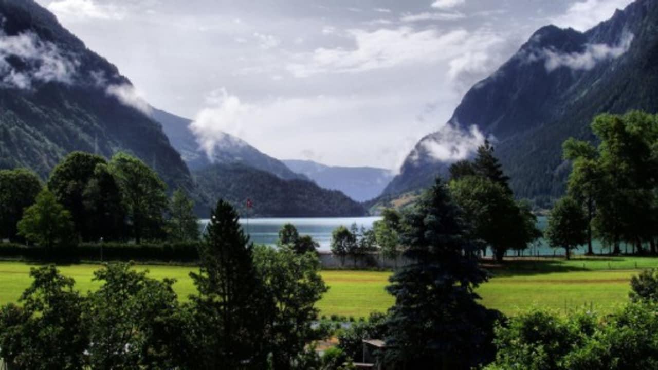 <h2>Unzählige Seen</h2> Der Lago di Poschiavo (dt. Puschlaversee) ist einer von 615 Seen in Graubünden, in einem der... (Foto: Getty)