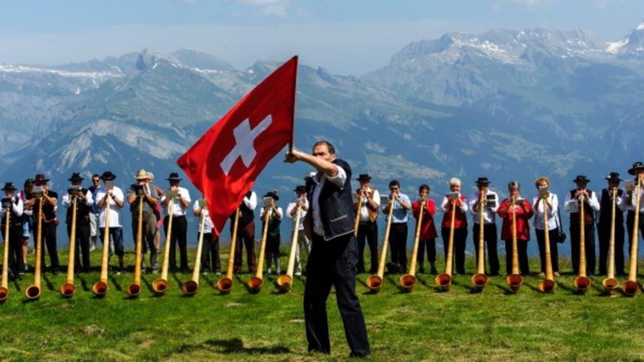 <h2>Der größte Kanton</h2> Der Kanton Graubünden liegt im äußersten Südwesten der Schweiz. Er ist der größte Kanton der Alpenrepublik und hat dennoch nur fünf Orte, in denen mehr als 5000 Menschen leben. (Foto: Getty)