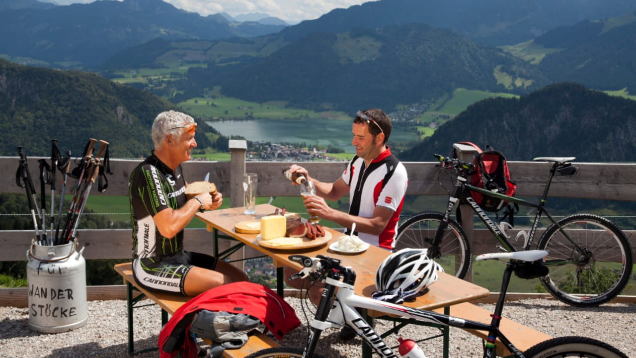 Mit dem Bike lassen sich tolle Tagesausflüge planen. (Foto: Tourismusverband Kaiserwinkl)