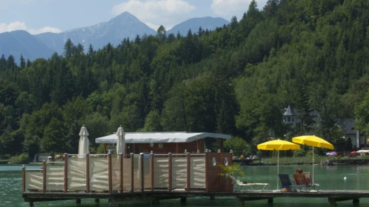 Für Saunaliebhaber gibt es eine eigene Seesauna (Foto: Mateidl).