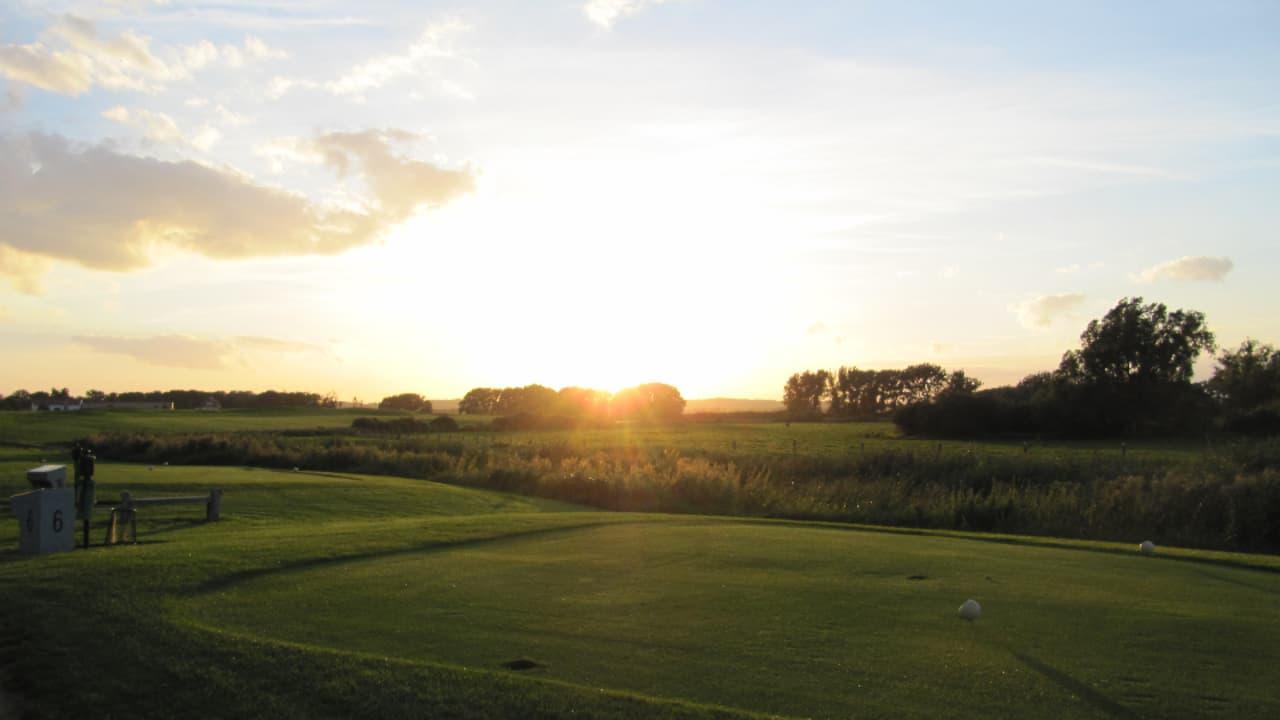 """2009 entschied sich der Golfclub Schloss Teschow für das Projekt """"Golf & Natur und erhielt die Bronze Plakette im folgenden Jahr. (Foto: Landhotel Schloss Teschow)"""