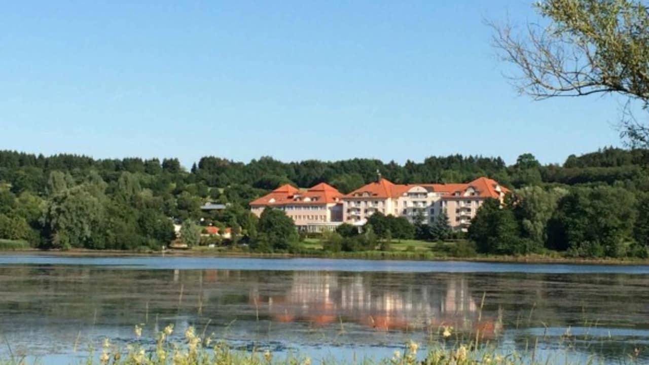Der Wiesensee ist ein echter Erholungs-Hotspot im Westerwald. (Foto: Lindner Hotel & Sporting Club Wiesensee)