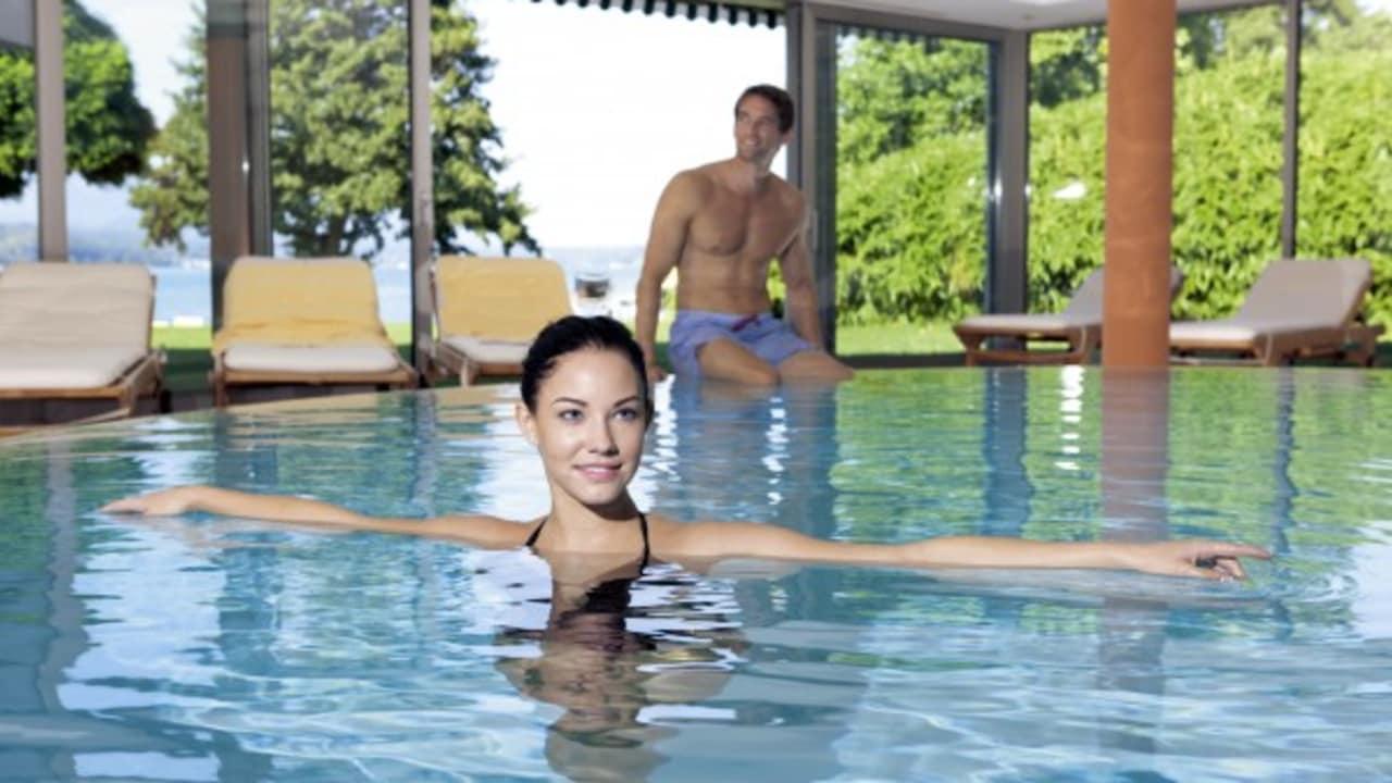 Schwimmen im Pool ist ein muss in jedem Urlaub und trägt zur Entspannung bei.  (Foto: Werzer's)