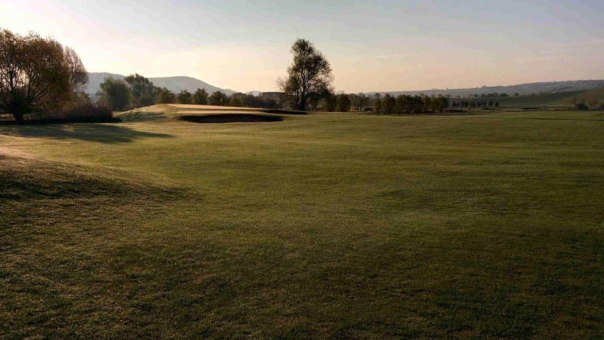 Thüringer GC Drei Gleichen Mühlberg - Golfclub in Mühlberg