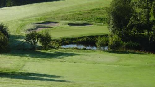 Golf Club Burg Overbach - Golfclub in Much