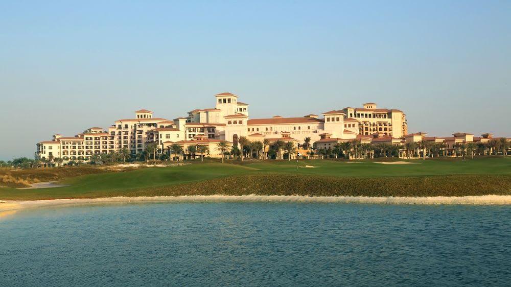Saadiyat Beach Golf Club - Golfclub in Abu Dhabi