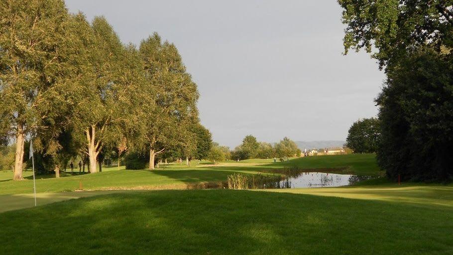 Golf Club Donau Freizeitland Linz Feldkirchen - Golfclub in Feldkirchen/Donau