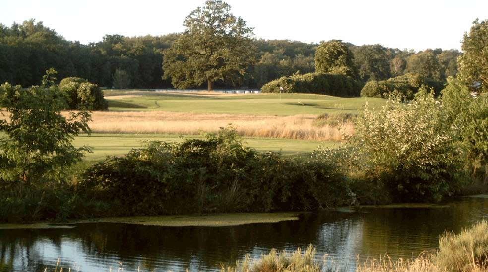 Golfanlage Rennbahn Frankfurt Niederrad - Golfclub in Frankfurt am Main